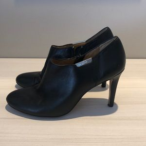 Coach booties black leather 8 B
